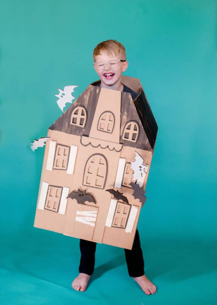 DIY haunted house halloween costume